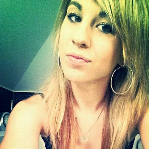 Hannah Sophie 2's avatar