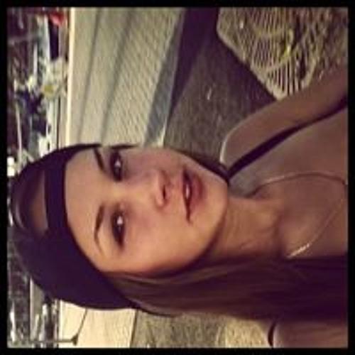 Alisa Larina's avatar