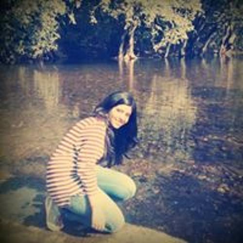 Shinjini Mukherjee's avatar