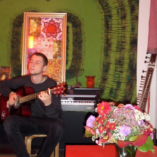 Bertolt Bricht's avatar