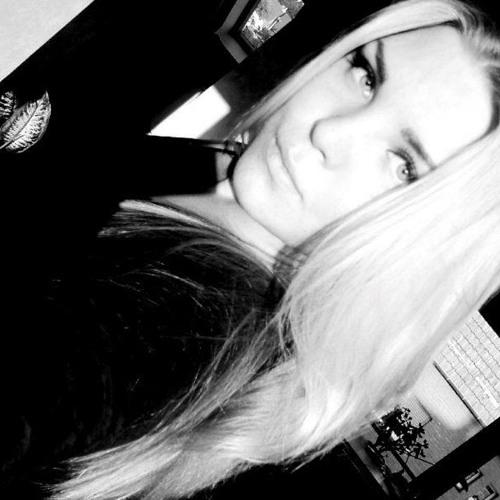 Isabell Antonella L's avatar