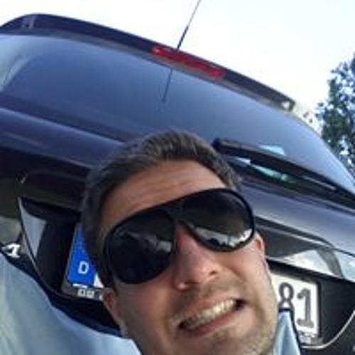 René Lohbrandt's avatar