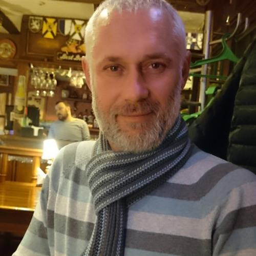 Yan Varski's avatar