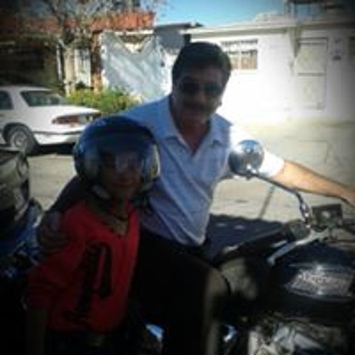 Javier H. Saucedo's avatar