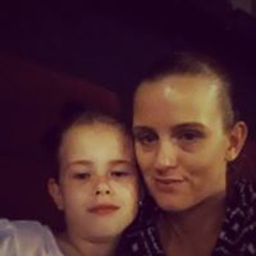Rebecca Raymond's avatar