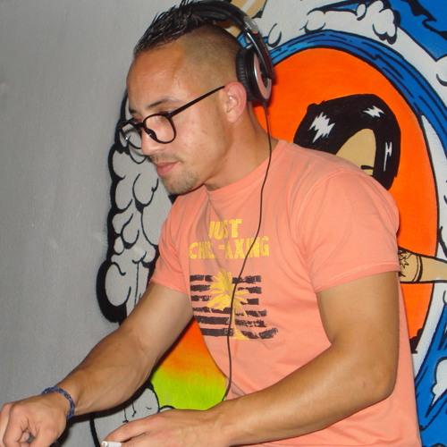 DJ ZEZATI's avatar