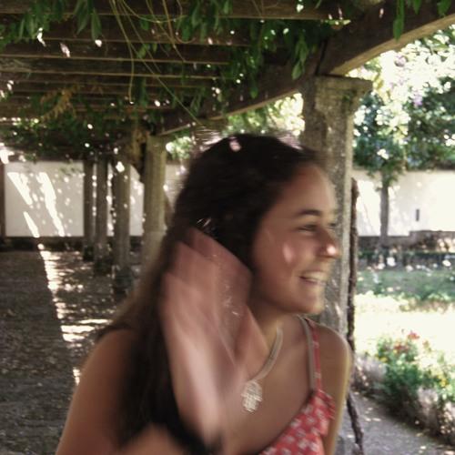 Beatriz Sarmento's avatar