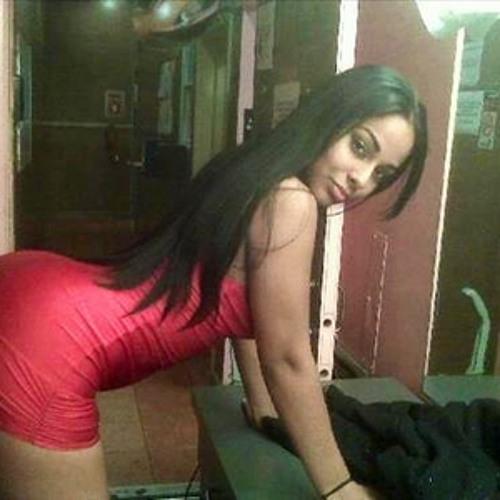 Alexandra Miguela's avatar