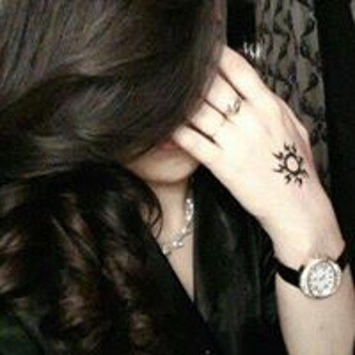 Zara Khan's avatar