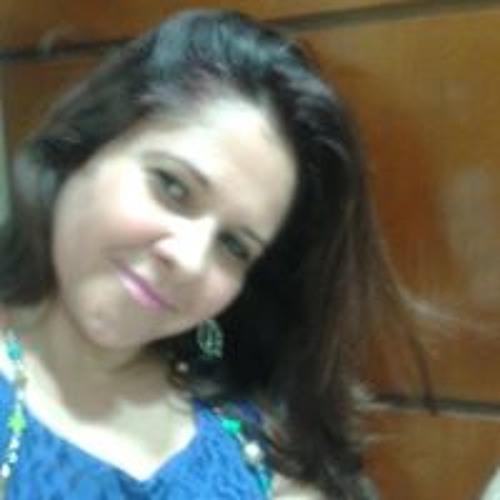 Juliana Reis's avatar