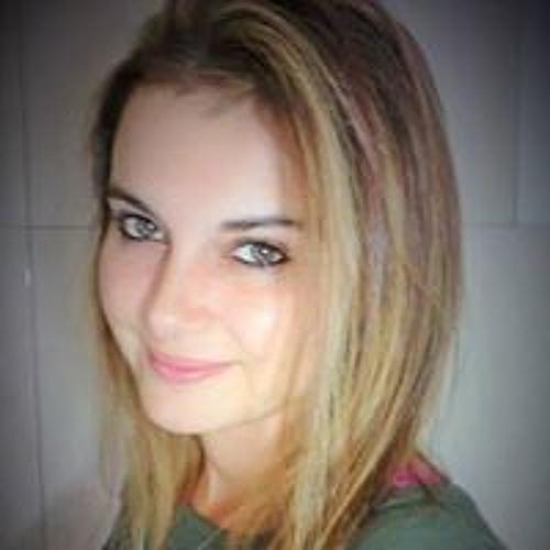 Andreia Melo's avatar