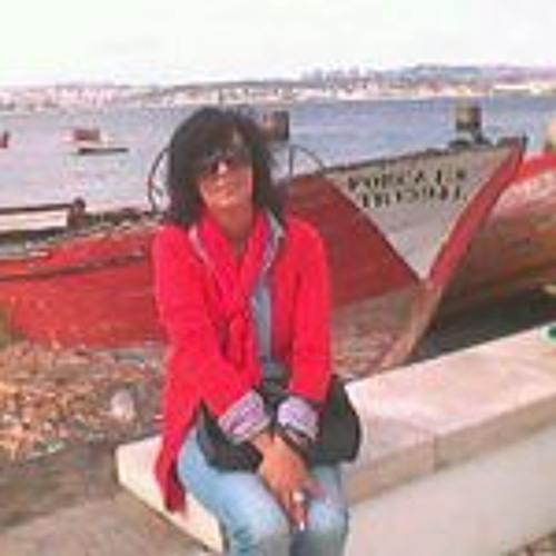 Cristina João's avatar