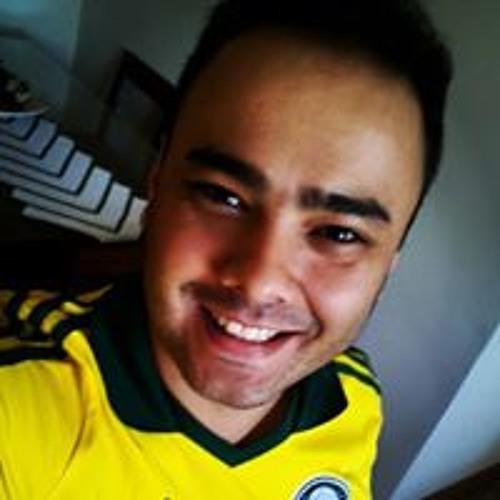 Claudio Brito Moreno's avatar