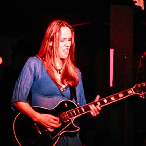 Lisa Swarbrick's avatar