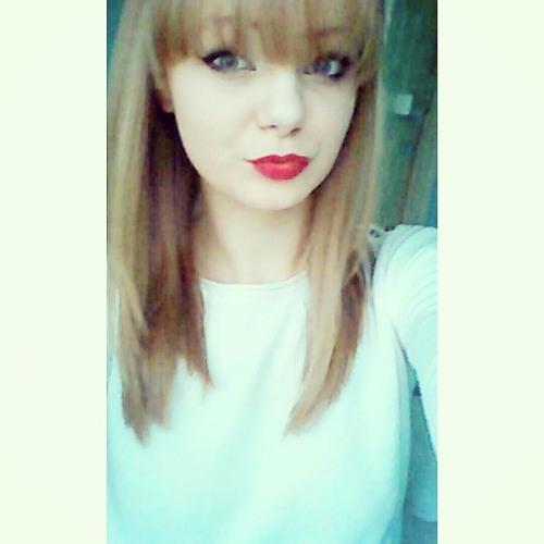 Elysia Brown's avatar