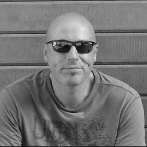 Luc Debeck's avatar