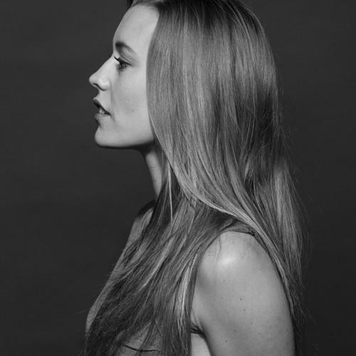 Gloria Bulsara's avatar