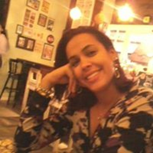 Priscila Lima's avatar