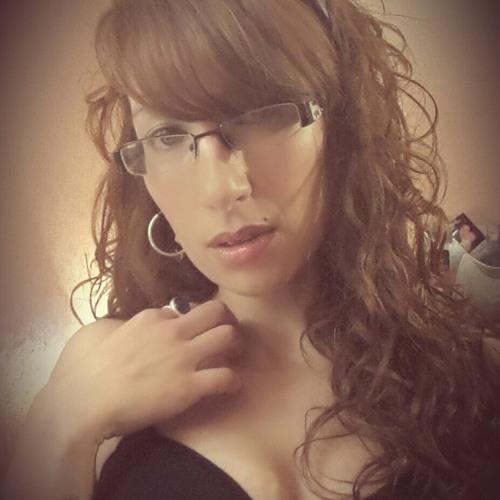elaina monroe's avatar