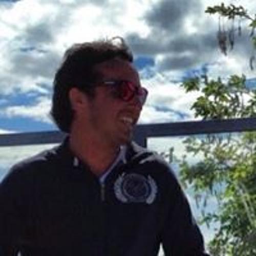 Rodrigo Bonadia's avatar