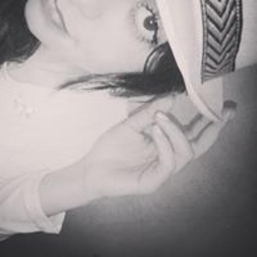 Taysa Cláudia's avatar