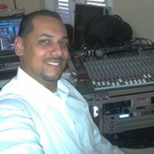 Melvin Perez's avatar