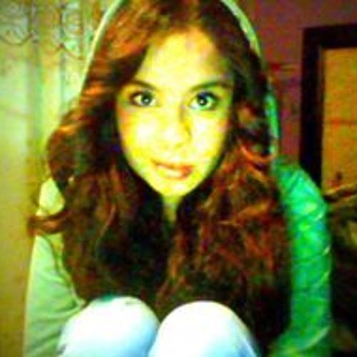 Michell Stephanie's avatar