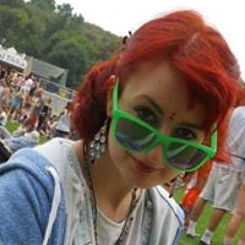 Helena Houghton's avatar