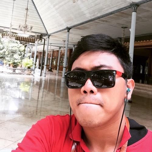 Denny Beryan's avatar