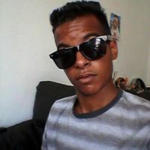 Ivison Tuler's avatar
