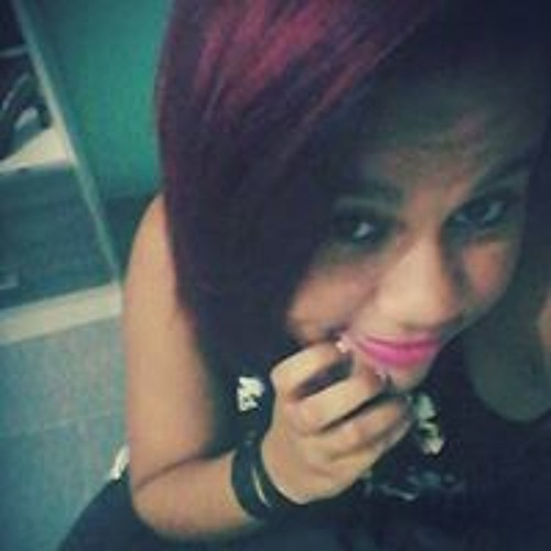 Emilly Pereira's avatar