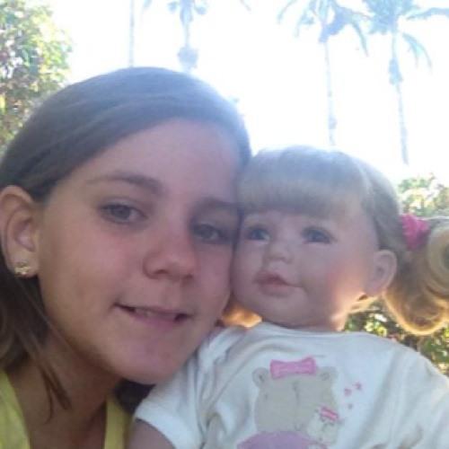 Clarinha8105's avatar