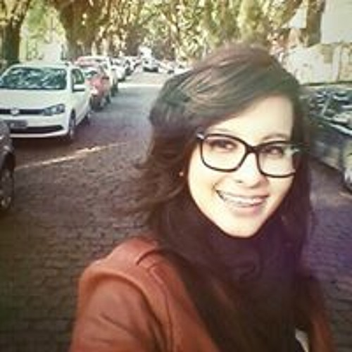 Poliana Gonçalves's avatar