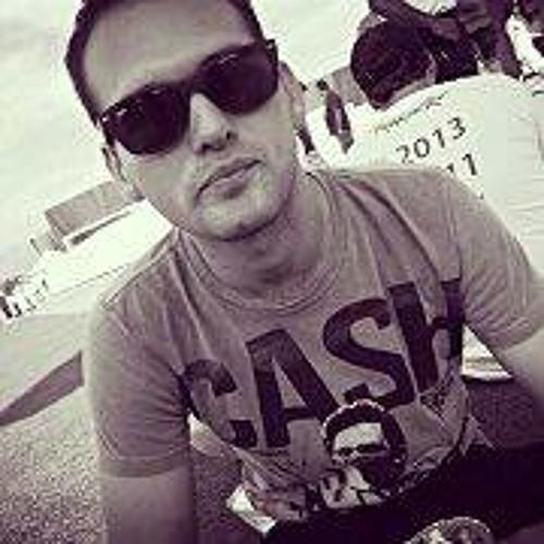 Cesar Vinicius's avatar