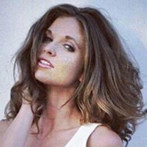 Joy Elana's avatar