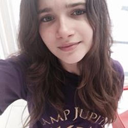 Clara Caroline Souto's avatar