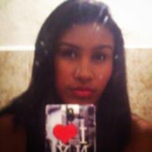 Mary Santander's avatar