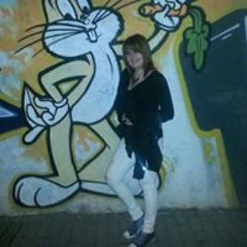 Angela Martinez-Anavia's avatar