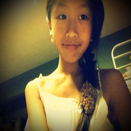 Vivian Ng 9's avatar
