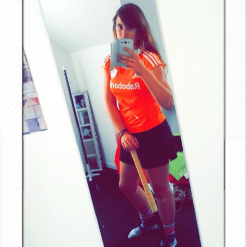 Daphne Roos's avatar