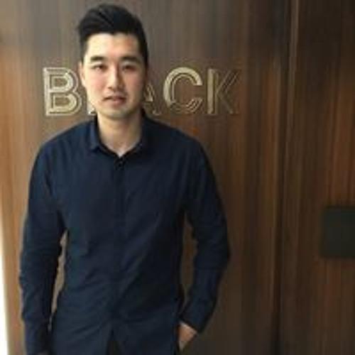 Zhou Wei Liang's avatar