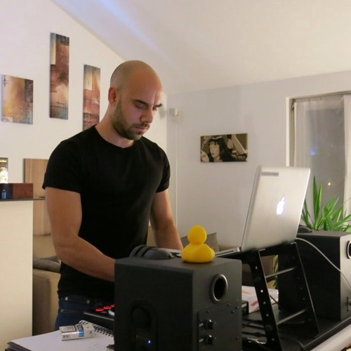 Nikos Voutsas's avatar