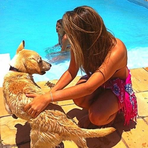 Larissa Magarão's avatar