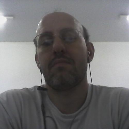 newagebr (A@ron)'s avatar