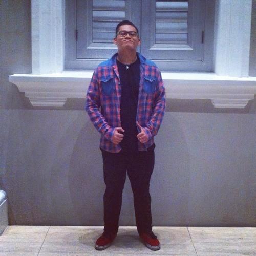 Dan Risda's avatar
