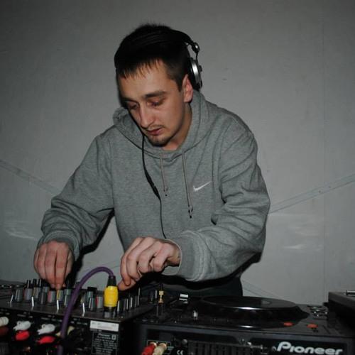 lynchy2012's avatar