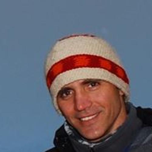 Fernando Rodrigues Junior's avatar