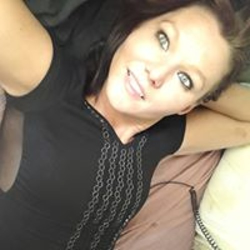 Debbie East's avatar