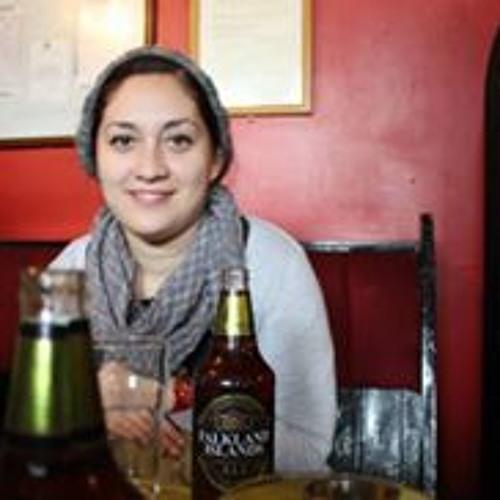 Adriana Dueñas's avatar