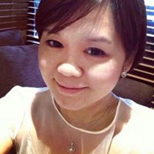 Deborah Loh's avatar
